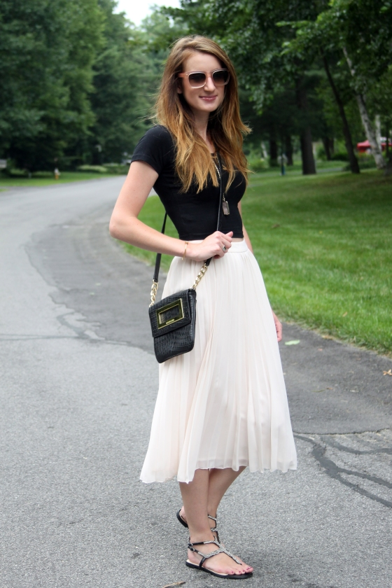 {Pale Pink Pleats} | Plum Pearls