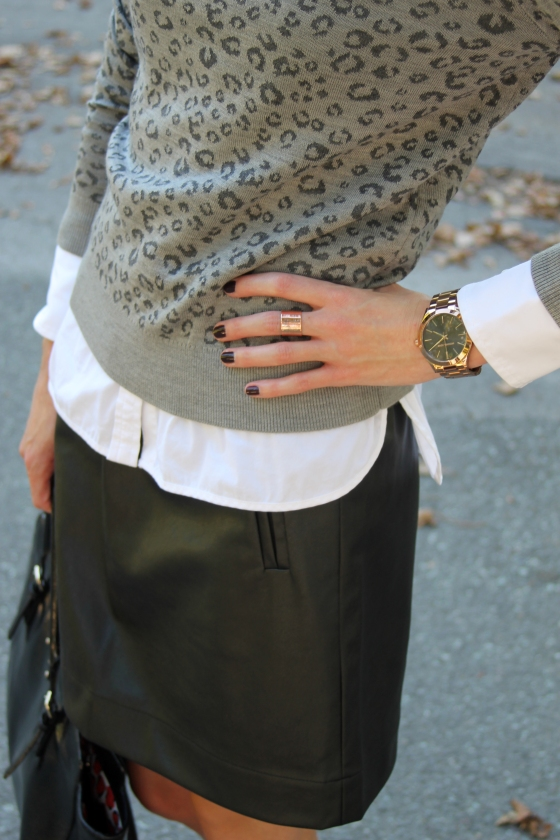 {Grey Leopard} | Plum Pearls